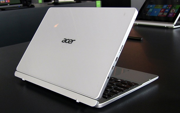 Acer Aspire Switch 10 new 2015 3