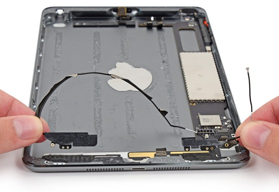 Apple iPad mini 2 Retina ifixit 3