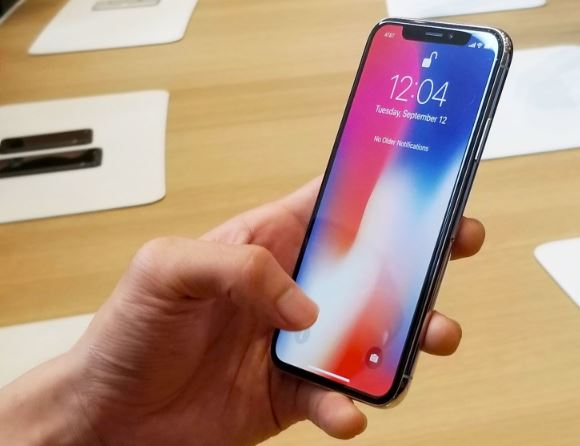 Apple_iPhone_X_24.JPG
