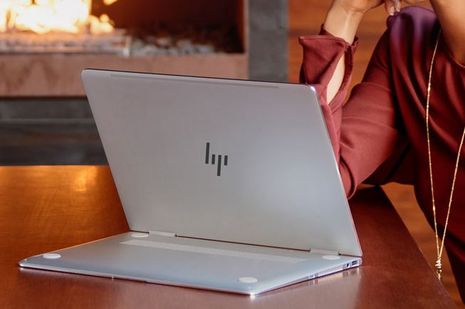 HP_Spectre_x360_new_2016_6.JPG