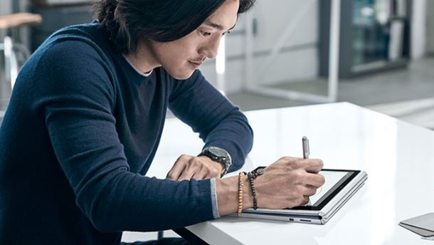 Microsoft_Surface_Book_new6.JPG