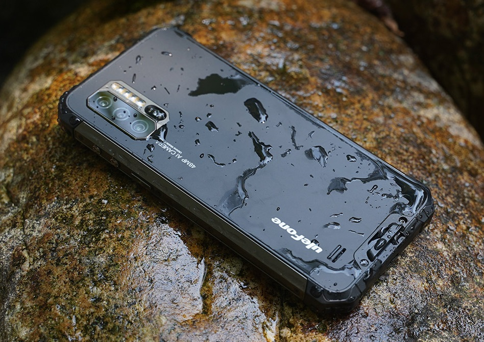 Смартфон с самой мощной батарейкой и фотоаппаратом