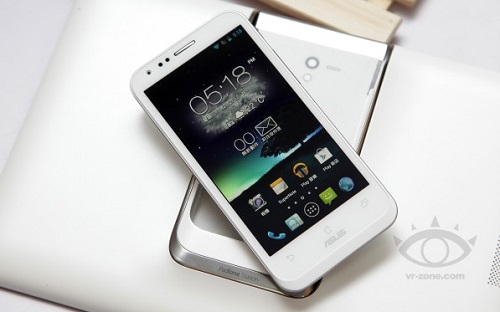 ASUS__Padfone_2_white
